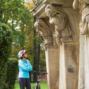 Barocke Säulengang im Stadtpark von Kożuchów